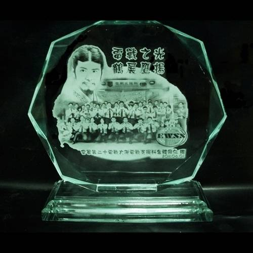 玻璃綠 壓克力雕刻.彩印